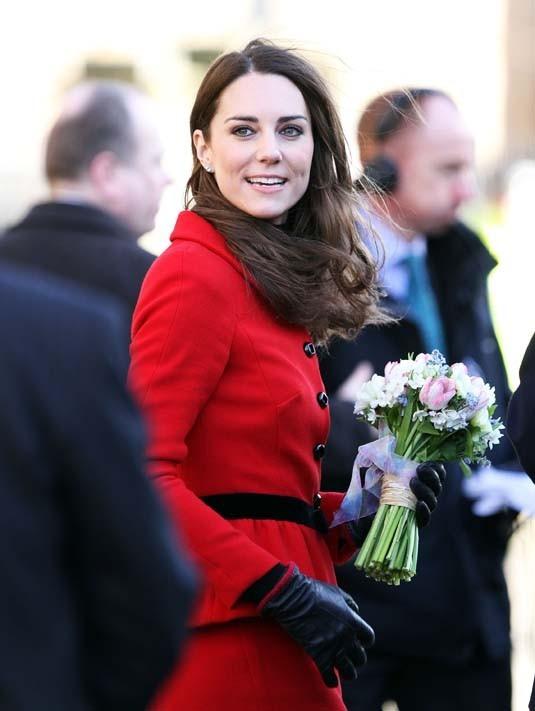 Kate Middleton et le Prince William en visite à l'université St. Andrews en Ecosse, le 25 février 2011.
