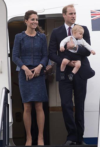 Kate Middleton, le Prince William et le petit George à Wellington le 16 avril 2014