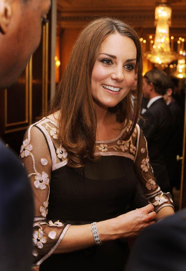 Kate Middleton à Buckingham Palace le 23 octobre 2012