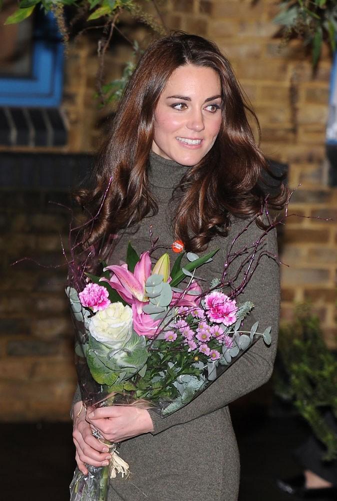 Photos : Kate Middleton se rend à une cérémonie de charité, en 2011