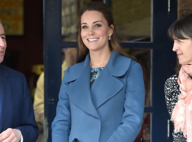 Kate Middleton : toujours aussi radieuse à 7 mois de grossesse, on l'a dit maman avant l'heure !