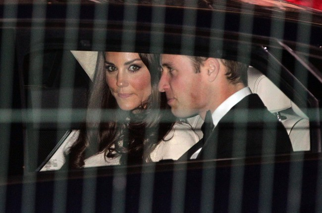 Le prince William et Kate Middleton quittant le Claridge Hotel à Londres, le 8 mai 2012.