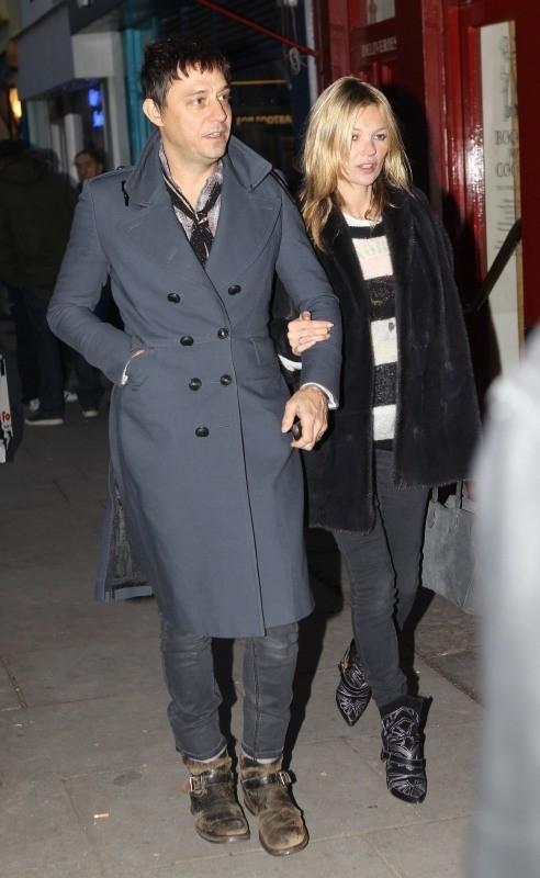Kate Moss et Jamie Hince le 30 novembre 2012 à Londres