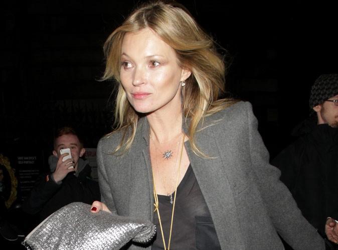 Kate Moss : toujours plus coquine à 40 ans, elle s'affiche sans soutien-gorge dans un top transparent !