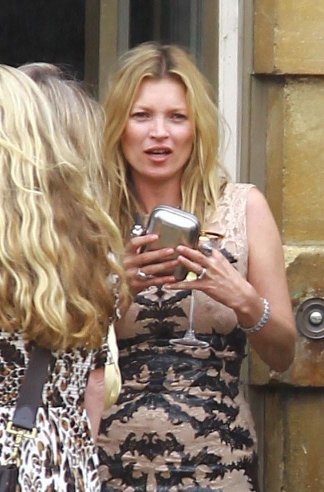Kate Moss le 30 juin 2012 à Banbury