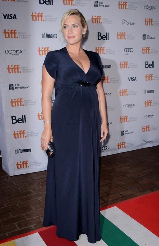 Kate Winslet rayonnante et très enceinte à Toronto