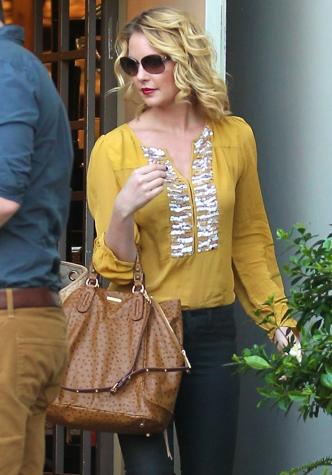 Katherine Heigl en famille pour son anniversaire à West Hollywood le 24 novembre 2012