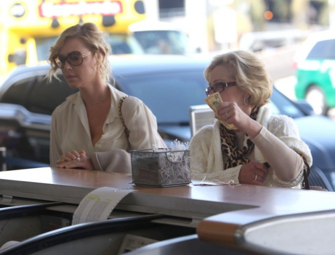 Katherine Heigl et sa mère Nancy le 9 octobre 2012 à Los Angeles