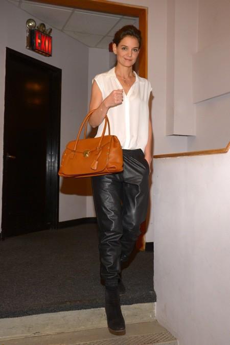 Photos : Katie Holmes : ces derniers temps, la starlette fuit les fashion-faux pas comme la peste !