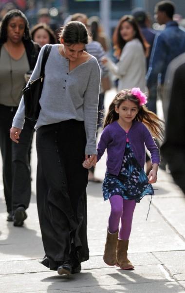 Katie Holmes et Suri Cruise le 18 novembre 2012 à New York