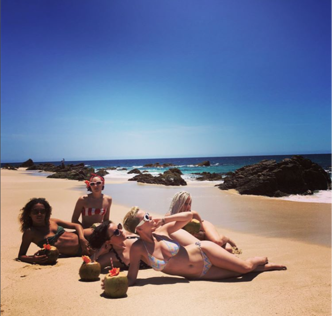 Katy Perry : Corps de rêve et sable fin sur les plages du Mexique !