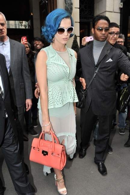 Katy Perry à Paris, le 1er mars 2012.