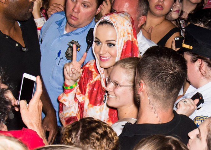 Katy Perry en visite au Philadelphia Musem of Art, le 5 août 2014.