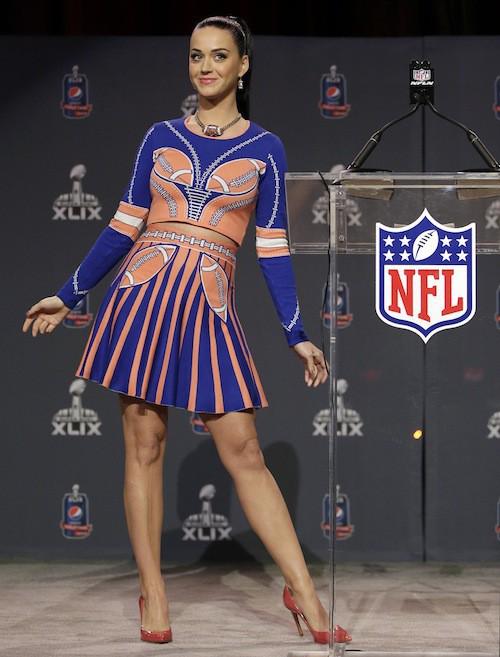 Photos : Katy Perry : enfin prête pour le Super Bowl, avec une nouvelle invitée choc !
