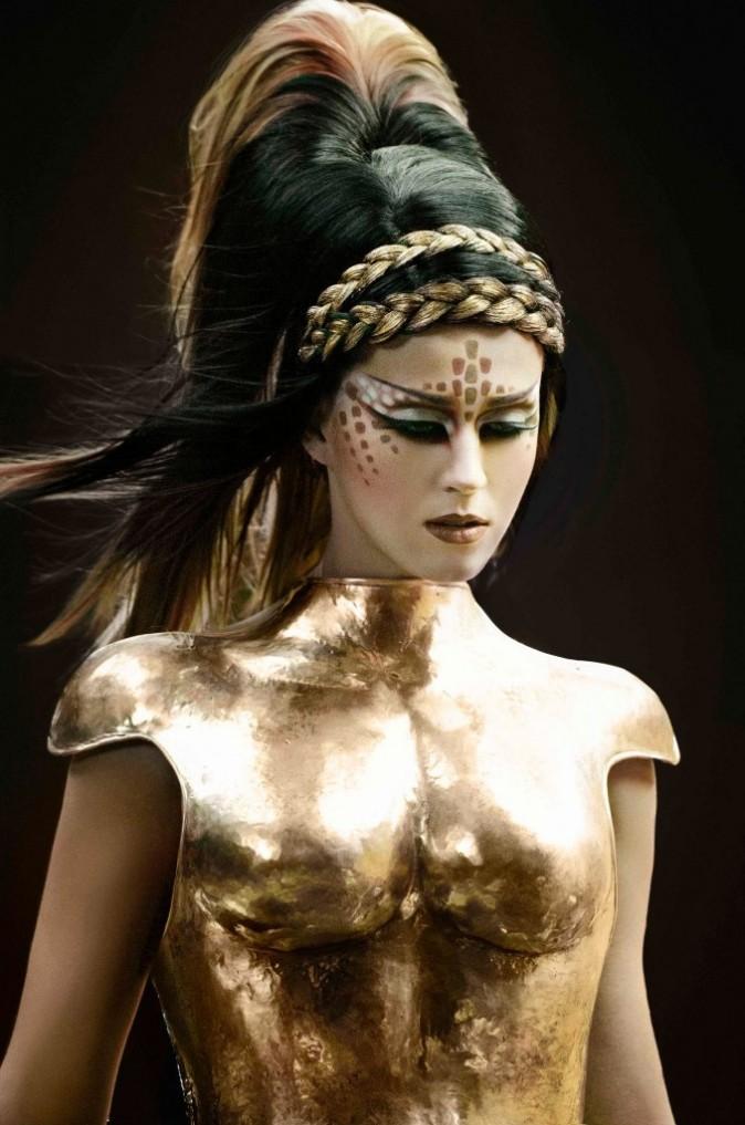 Katy Perry dans les visuels promotionnels de son prochain clip E.T..