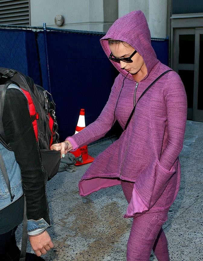 Katy Perry à l'aéroport de Los Angeles le 9 avril 2013