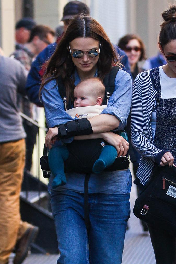 Keira Knightley : elle se balade dans les rue de New York avec sa fille !