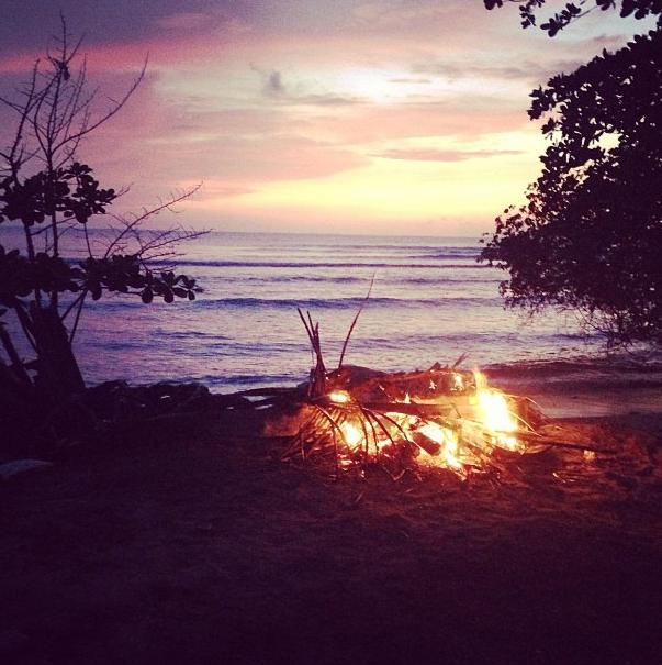 """""""Couché de soleil sur la plage #Tobago"""""""