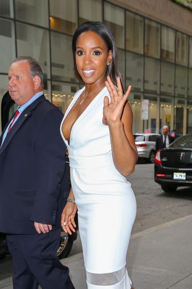 Photos : Kelly Rowland : super hot pour parler de Beyoncé !