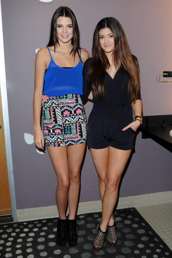 Kendall et Kylie Jenner, Los Angeles, 12 décembre 2012.