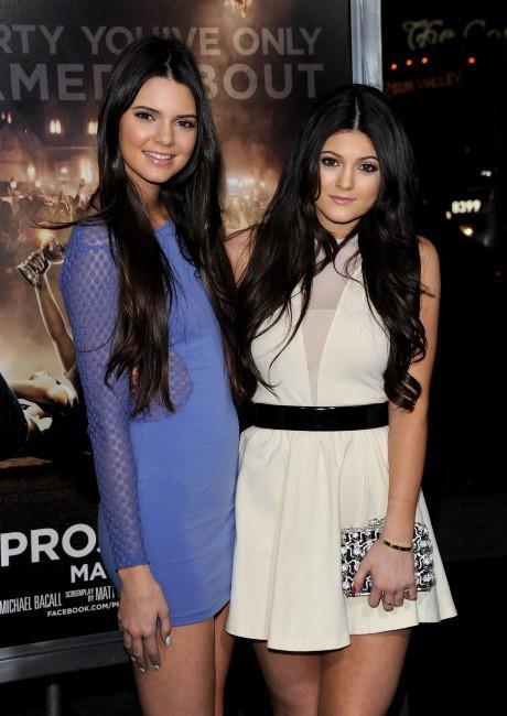 Kendall et Kylie Jenner lors de la première du film Projet X à Los Angeles, le 29 février 2012.