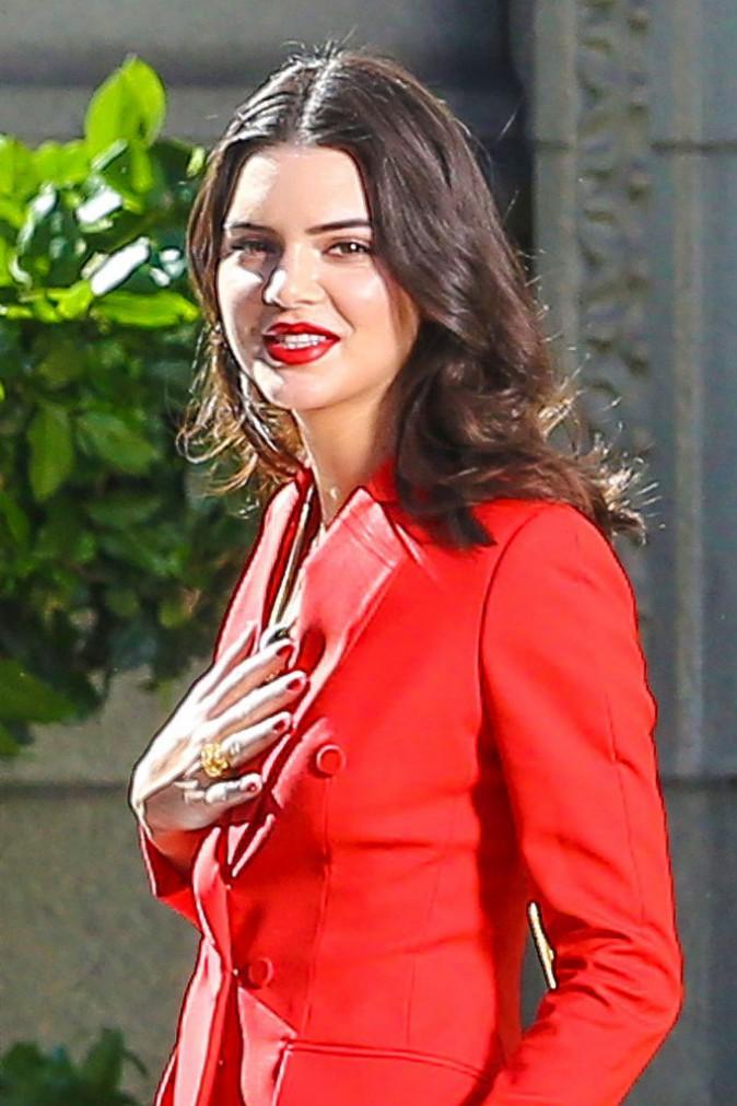 Photos : Kendall Jenner : captivante et éblouissante en shooting, elle rate l'anniversaire de la Momager !