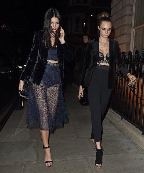 Kendall Jenner et Cara Delevingne à Londres, le 9 octobre 2015