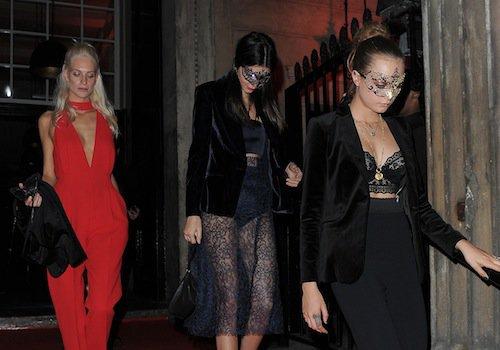 Kendall Jenner et Cara et Poppy Delevingne à Londres, le 9 octobre 2015