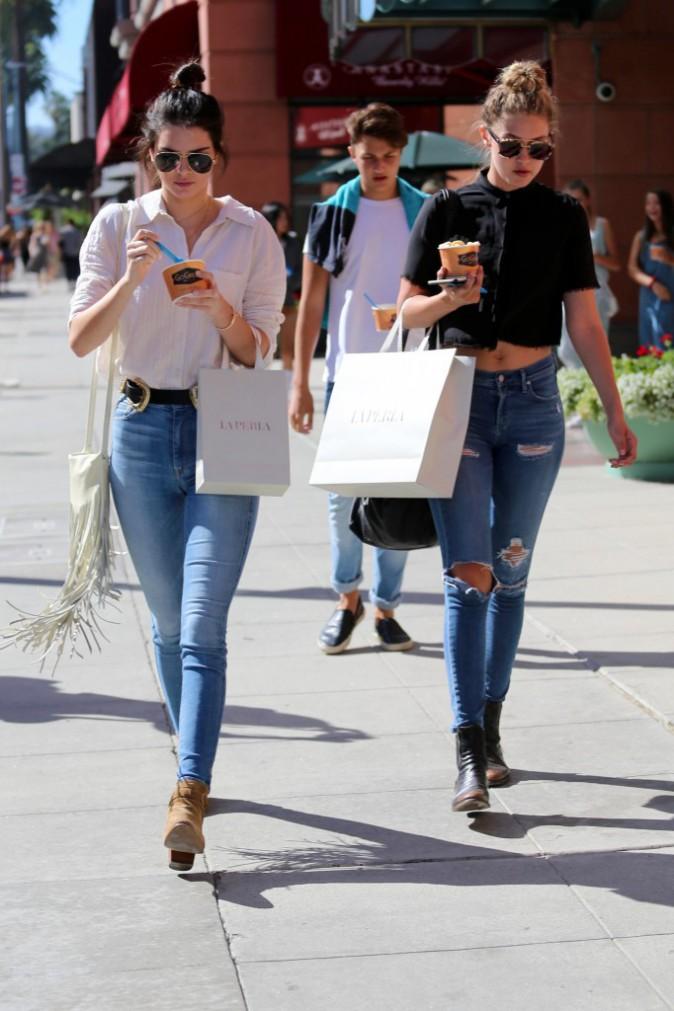 Kendall Jenner et Gigi Hadid le 1er août 2015