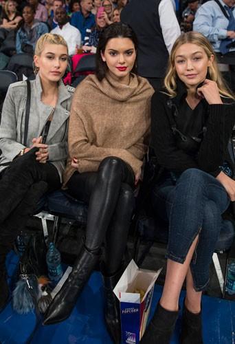 Photos : Kendall Jenner, Hailey Baldwin et Gigi Hadid : radieuses pour mater des hommes tout en muscles !