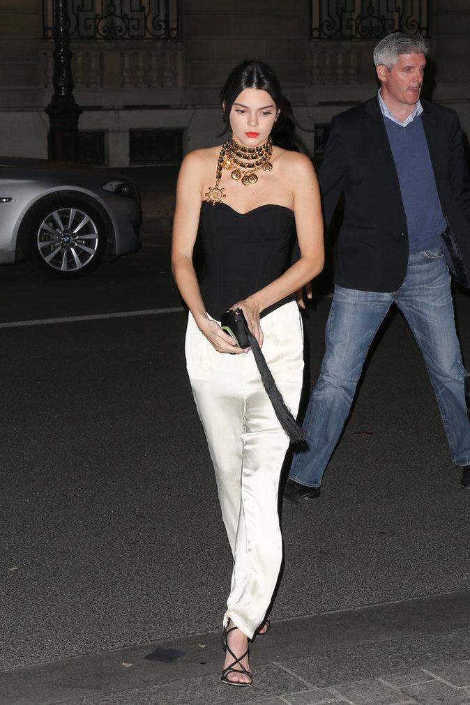 Photos : Kendall Jenner rejoint Kim Kardashian après le drame !