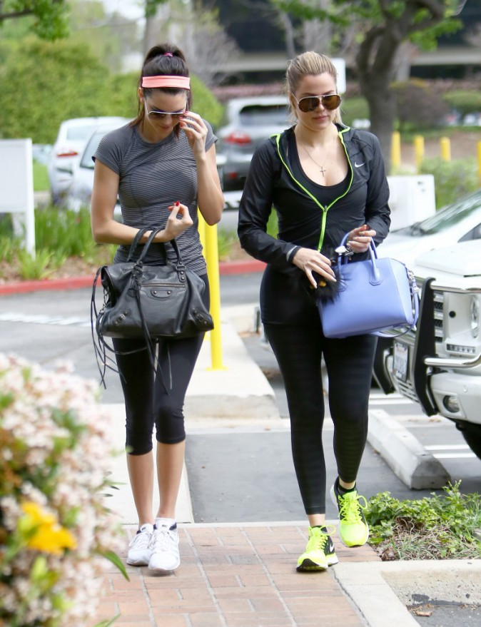 Photos : Kendall Jenner très remontée, Khloe s'en charge !