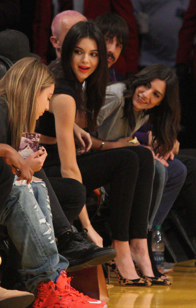 Kendall Jenner au Staples Center de Los Angeles le 1er novembre 2015