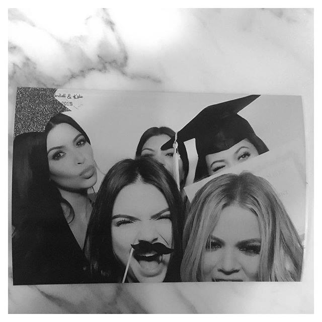 Kendall et Kylie Jenner et Kim, Kourtney et Khloe Kardashian le 23 juillet 2015