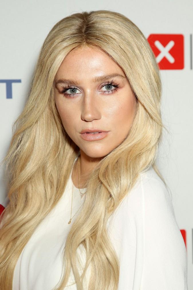 Kesha le 16 avril 2015