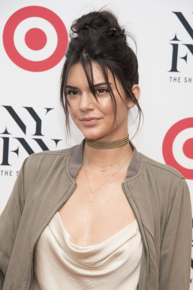 Photos : Kev Adams et Kendall Jenner : le cliché qui choque la Toile entière !
