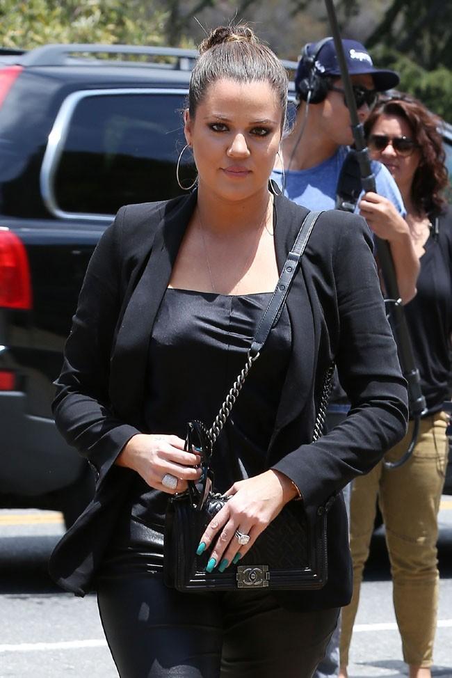 Khloe Kardashian en tournage à Los Angeles le 25 juin 2013