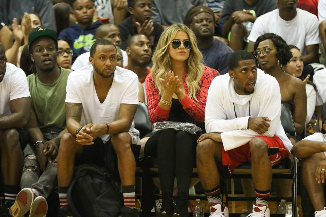 Khloé Kardashian au match de James Harden à Los Angeles le 8 août 2015