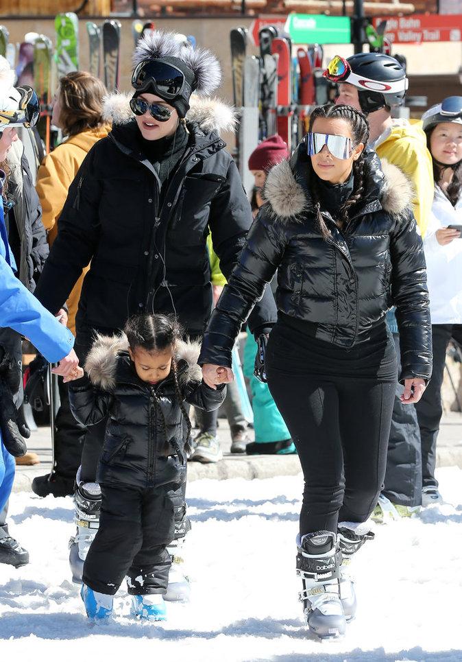Khloé Kardashian, Kim Kardashian et North en vacances à Vail (Colorado), le 7 avril 2016