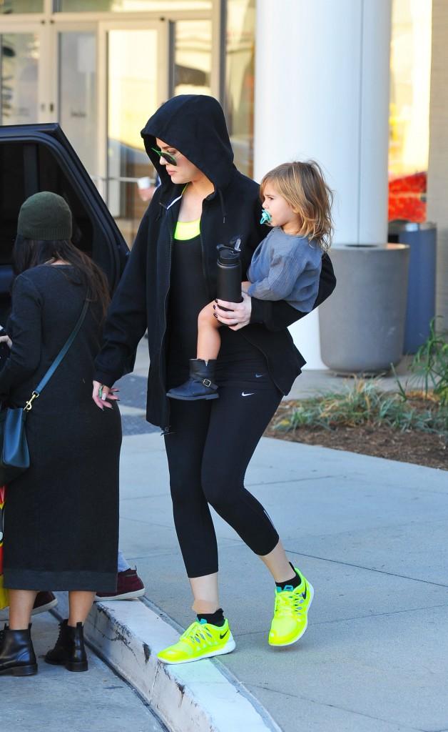 Photos : Khloe Kardashian : tata dévouée, des envies de maternité !