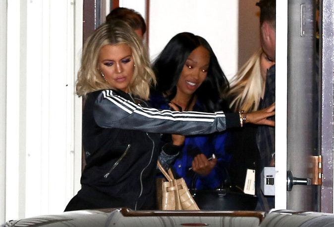 """Photos : Khloe Kardashian : """"trop maigre"""", elle inquiète ses fans !"""