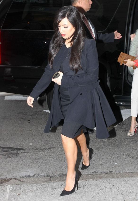 Kim et Kourtney Kardashian à un déjeuner avec Victoria Silvstedt à New York le 15 janvier 2013