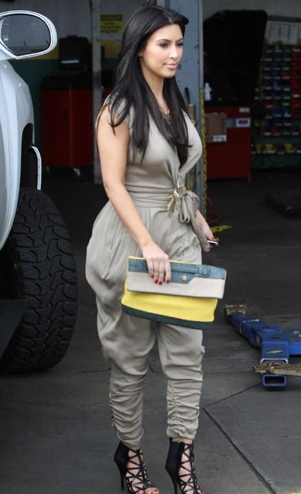 Vous aimez sa tenue ?
