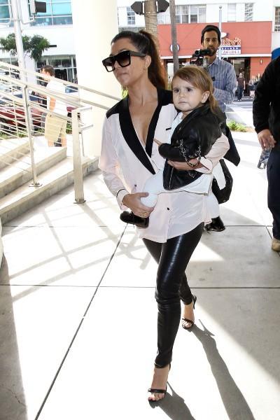 Kourtney Kardashian à Beverly Hills, le 16 décembre 2013.