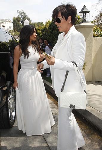 Kim Kardashian et Kris Jenner à Los Angeles le 22 mars 2014