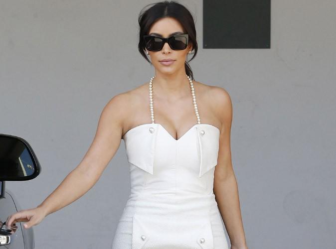 """Kim Kardashian : chic et sophistiquée pour célébrer sa """"bridal shower"""" !"""