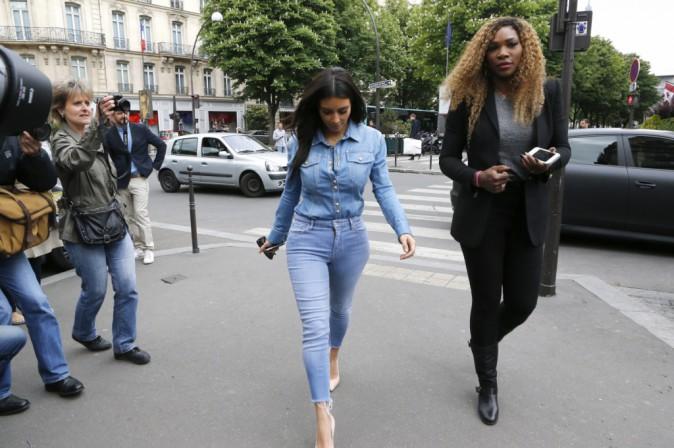 Kim Kardashian et Serena Williams se rendant chez Balmain à Paris, le 30 avril 2014.