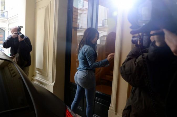 Kim Kardashian se rendant chez Balmain à Paris, le 30 avril 2014.