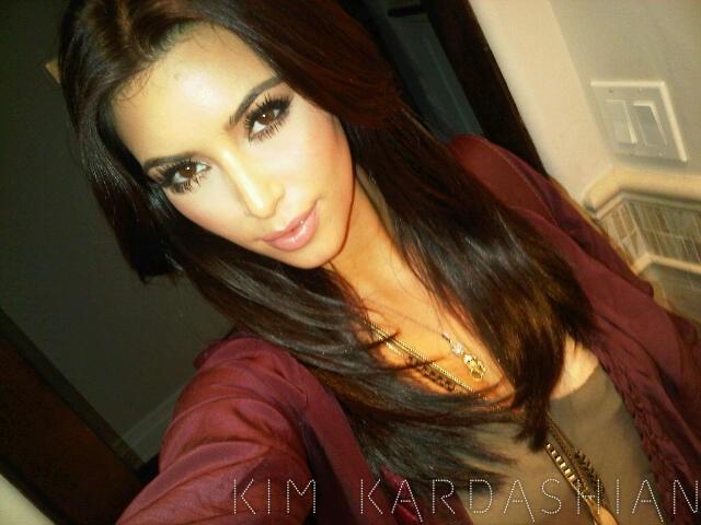 Et voilà la nouvelle coupe de Kim Kardashian !