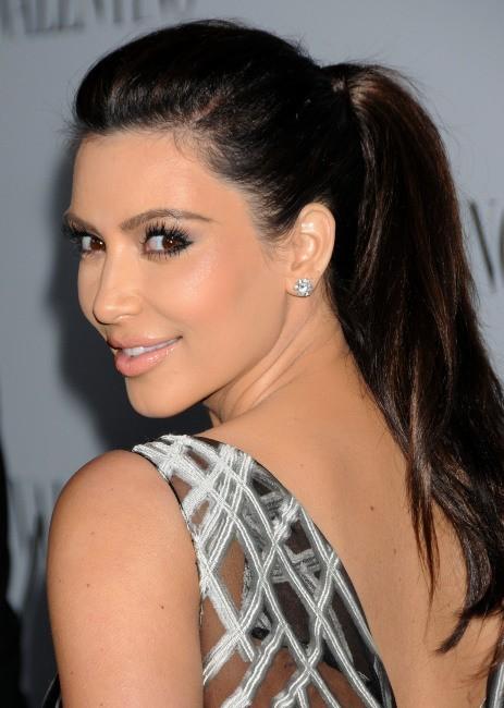 Kim Kardashian lors de la soirée Valentino à Beverly Hills, le 27 mars 2012.
